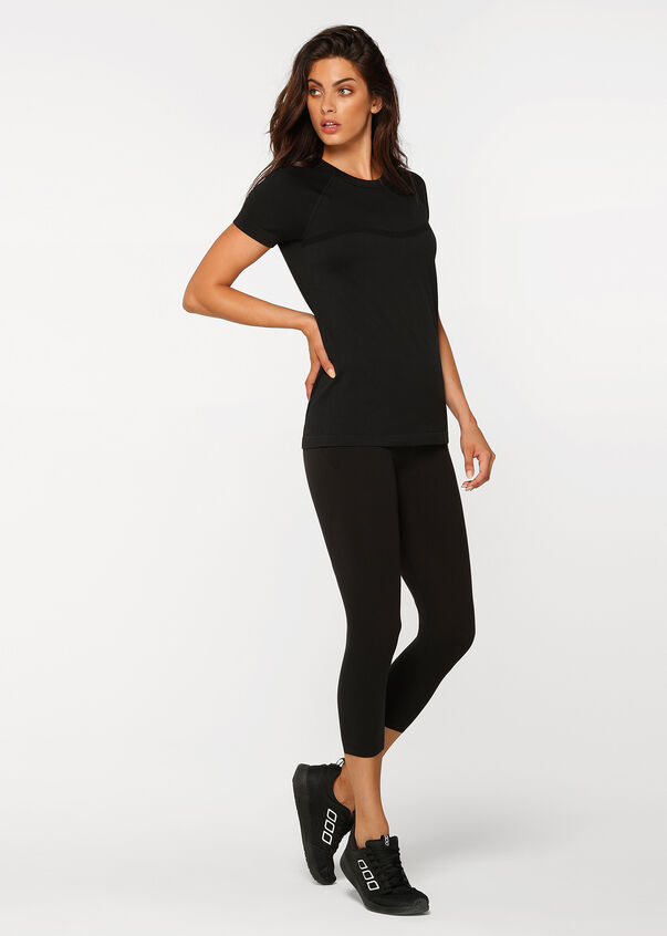 Perform Seamless Short Sleeve Top, Black, hi-res